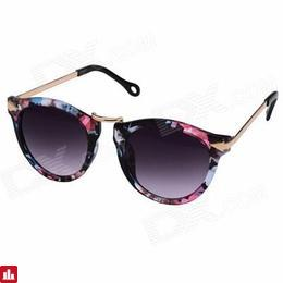 OUMILY Women's Retro UV400 Protection PC Lens Sunglasses - Tawny