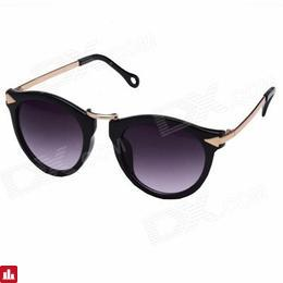OUMILY Women's Retro UV400 Protection PC Lens Sunglasses - Black