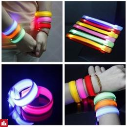 Running Gear Glowing LED Wrist Band Lights Flash Nylon Cuff Bracelet
